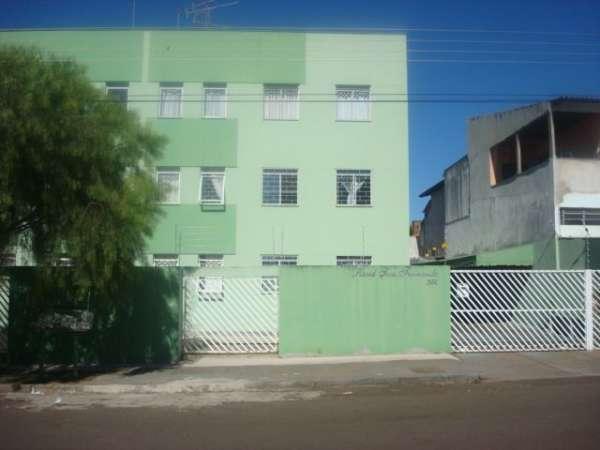 Apartamento,85m² - 3 Qtos, wc c/ box, sala, cozinha, A.S, garagem coberta.